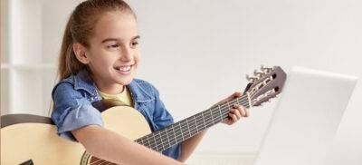 Online gitaarles kind